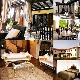 Entire Luxury Villa Near Venice Sleeps 14-16 Free Wifi Self-Catering 15 mins to beach resorts