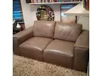 Naustro Italia 2 seater Ground Sofa in Grey Leather, rarely used, in perfect condition