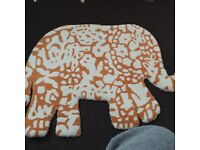 Beautiful brand new Authentic Indian Elephant rug,looks amazing in any room,bought in India,£10!