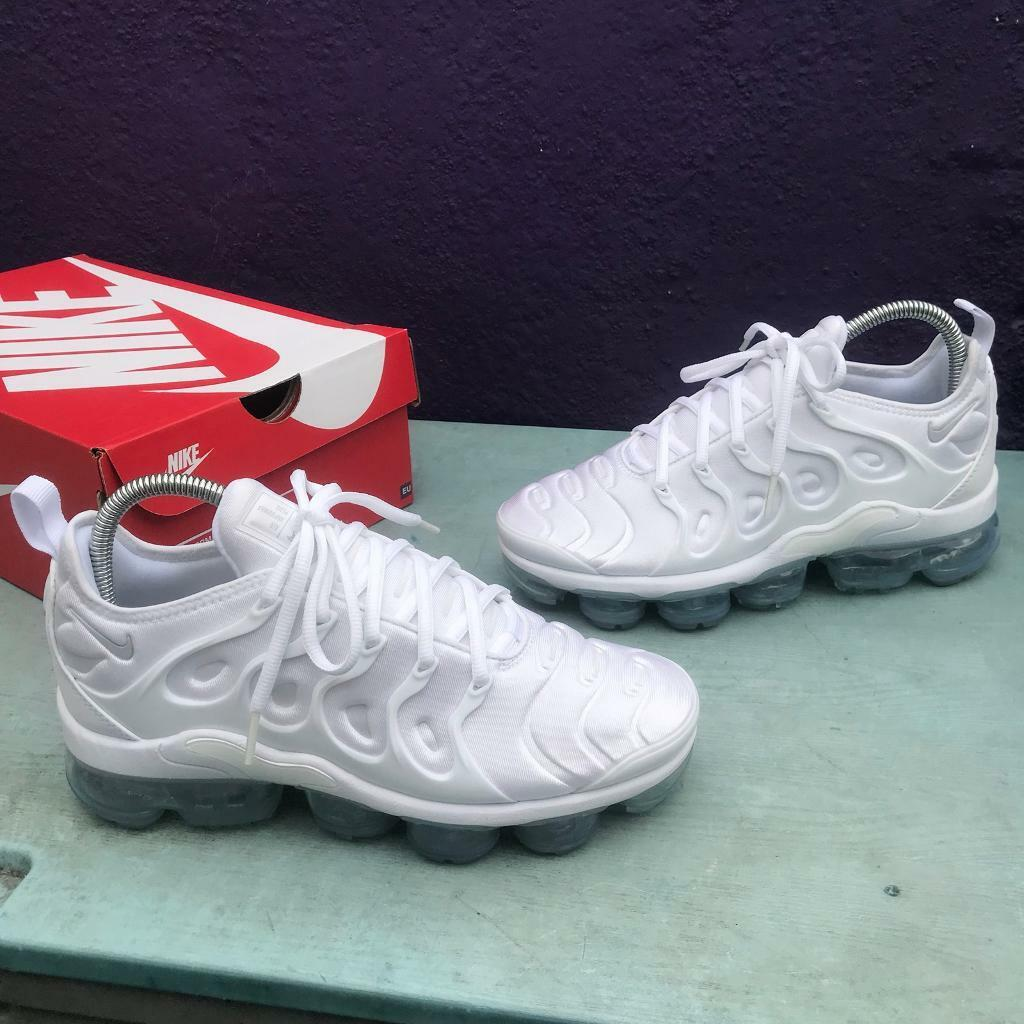 5d56c442dc Nike VM air vapormax plus trainers size 5.5 | in Newham, London ...
