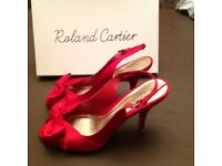 Ladies fashion shoe. red. Size 38(5). Worn once only. As good as new