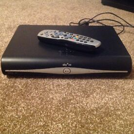 Sky HD+box + remote