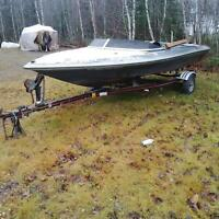 boat trailer and boat goes with it
