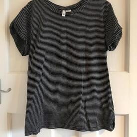 H&M Grey Striped T Shirt