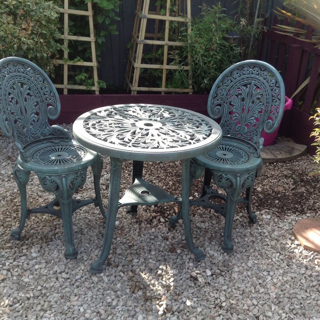 Resin Heavy Duty Plastic Green Bistro Patio Table And 2 Chairs