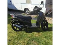 125 scooter sy symphony 125 sr 2015 immaculate condition 798 miles