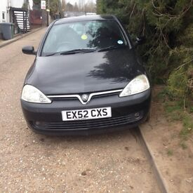 Selling corsa sxi 1.2 for spares and repairs