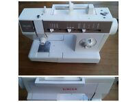 Singer Deluxe Sewing Machine 7025 C
