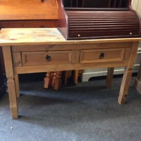 Corona console table with 2 drawers