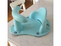 Baby bath safety seat / aquapod