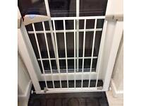Lindam Pressure stair gate