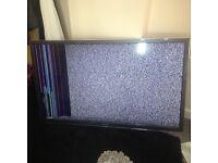 55 inch smart tv 3D hd broke screen