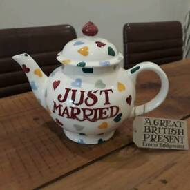 Emma Bridgewater Polka Hearts 4 cup teapot - just married
