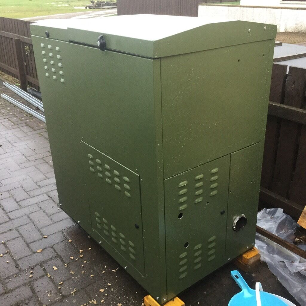 Trianco Greenflame Outdoor Wood Pellet Boilerin Kilbirnie, North AyrshireGumtree - Trianco 28 kW Greenflame Wood Pellet Boiler. Excellent, clean condition, in outdoor housing. Lightly used for one year only. Fully operational and serviced. Integral pellet hopper. Digital programmable timer with 7day or 5day/2day clock. Full...