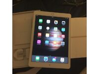 ipad pro 32gb gold wifi and cellular unlocked - USED FOR A WEEK