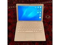 Macbook Core Duo 2.0 13 A1181 2gb ram + SSD 120gb Samsung 840