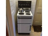 Old School Electric Oven and Hob. Good condition. FREE