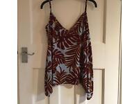 H&M Blue & Burgundy Leaf Print Vest Top