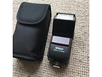 Nikon SB600 Speedlight Flash Gun - Autofocus, Rotating flash head, Brilliant working condition!!