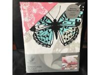 Unused single butterfly duvet set