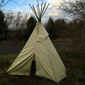 Large Children's Outdoor Tipi/Playtent