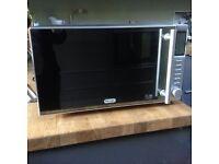 DeLonghi 900w Cat E Microwave