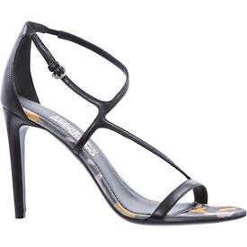NEW Salvatore Ferragamo high heel leather shoes