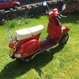 LML STAR DELUXE 125cc FOUR STROKE MANUAL SCOOTER.