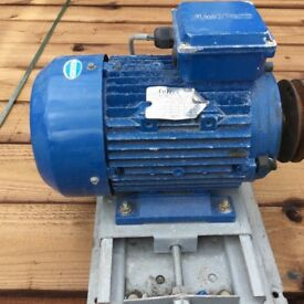 Reclaimed electric motor For sale £ 30