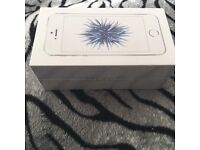 Iphone SE silver 16gb , sealed and unlocked