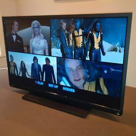 """TOSHIBA 32W1333DB - 32"""" HIGH DEFINITION LED TV"""