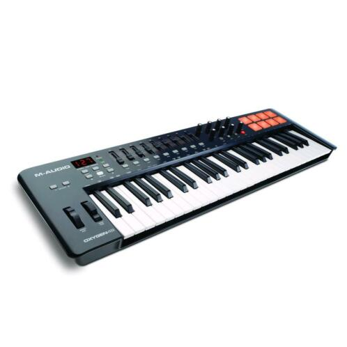 M-Audio Oxygen 49 MK4 MIDI keyboard