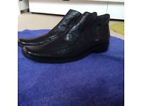 NEW Black leather shoes/ boots size 45