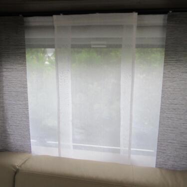 neu schiebegardinen aus stores wohnwagen wohnmobil gardinen in niedersachsen geestland. Black Bedroom Furniture Sets. Home Design Ideas