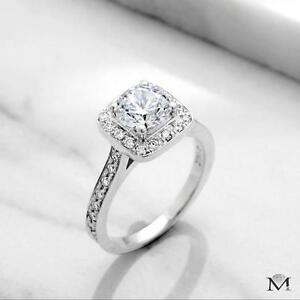 DIAMOND ENGAGEMENT RING WITH A 1.00 CARAT CENTER / BAGUE DE FIANCAILLE AVEC DIAMANT DE 1.00 CARAT