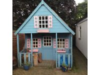 Wooden playhouse (free)