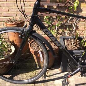 Bike Giant Hybrid Escape