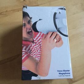 Voice Blaster Megaphone Loud Speaker. Football, Crowd Loudspeaker New In Box