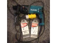 Makita hammer drill HR2460