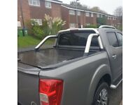 Nissan Navara NP300 Armadillo Roll and Lock Tonneau Cover and Stainless Steel Roll bar:
