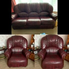 Good quality 3 piece leather suite hardly used