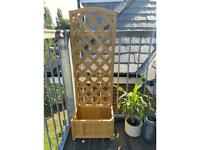 Lattice garden planter