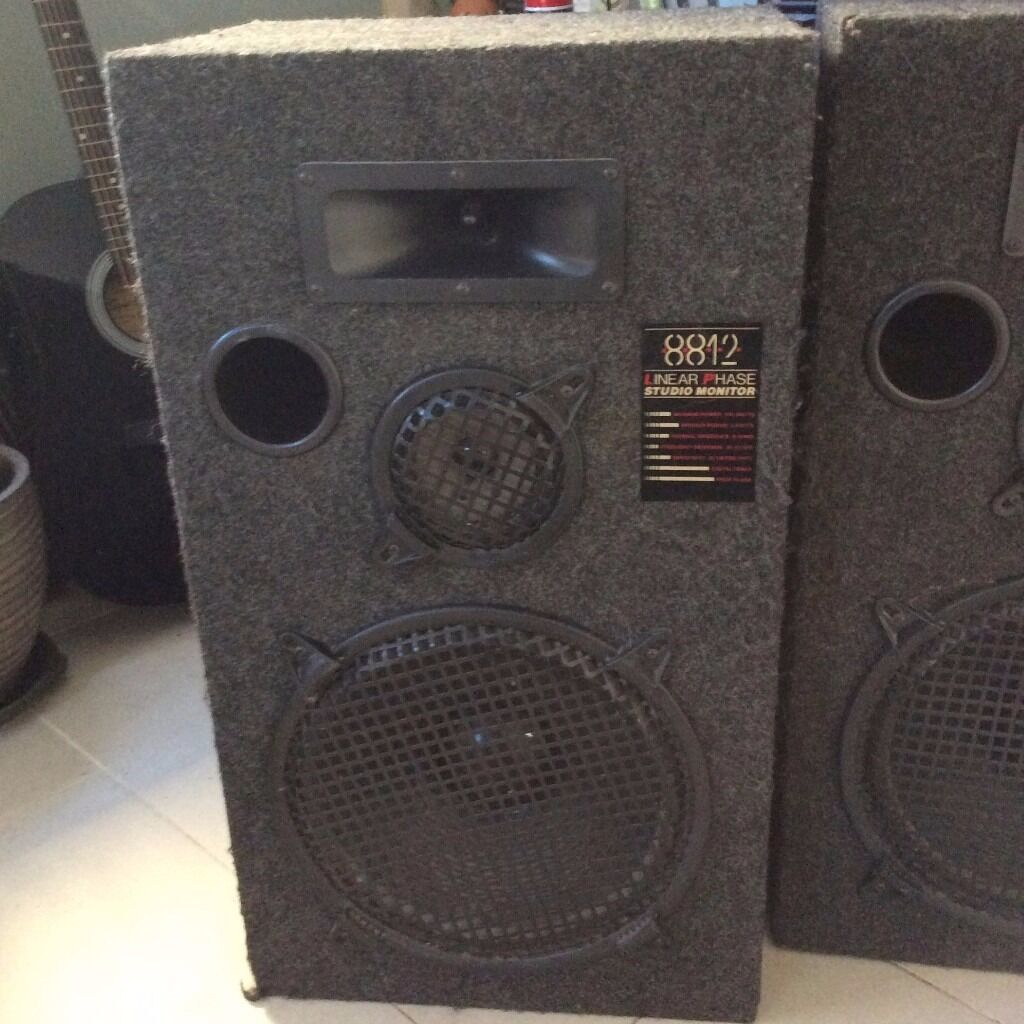 linear phase 8812 studio monitor speakers max output 240 watts in streatham london gumtree. Black Bedroom Furniture Sets. Home Design Ideas