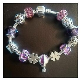 Gorgeous Charm bracelet with charms