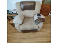 Free! Uplift only. 3 Piece suite with Electric and Mechanical Recliners.