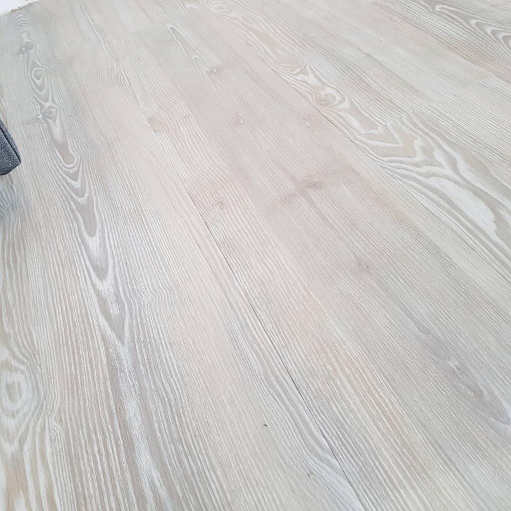 Amtico Ia Luxury Flooring White Ash In Bracknell Berkshire