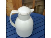 Hot or cold drinks jug