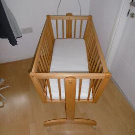 Baby Crip / cot