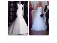 Beautiful Wedding Dress Trumpet/Mermaid + FREE BONUS 3 meters veil. Excellent condition. Size 6