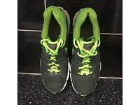 Men Nike trainers 10.5 in very good condition